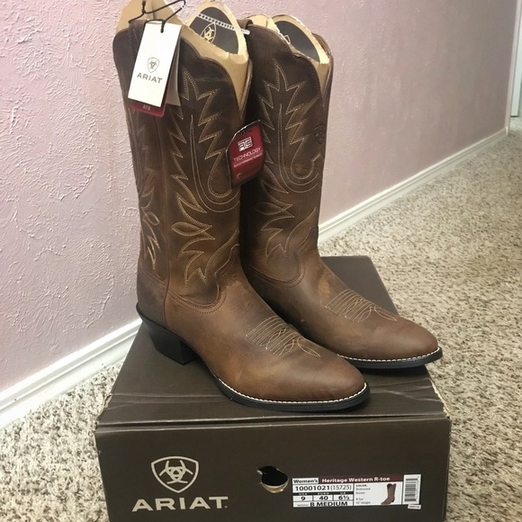 c429347123 Ariat Heritage R Toe Western Boot NWT